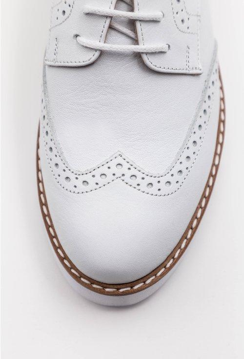 Pantofi Oxford albi din piele naturala cu talpa alba
