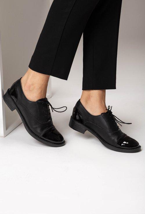 Pantofi Oxford negri din piele naturala  Carina
