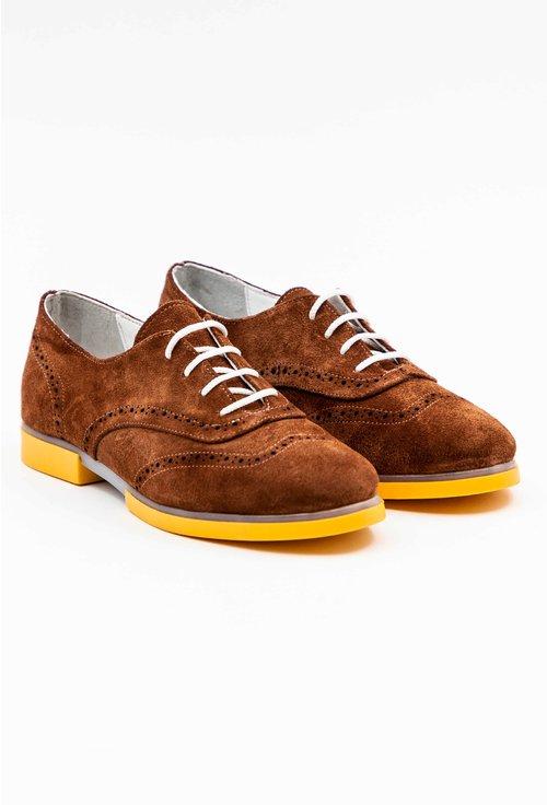Pantofi Oxford maro din piele naturala intoarsa