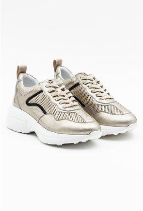 Pantofi sport bej lacuiti cu detalii sidefate