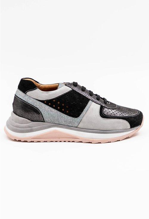 Pantofi sport din piele intoarsa in nuante de gri si negru