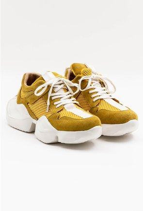Pantofi sport galbeni din piele naturala intoarsa