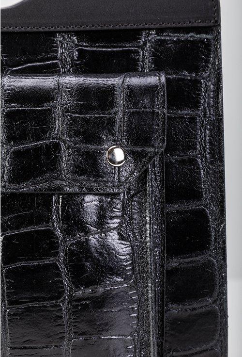 Poseta neagra din piele cu textura tip piele de crocodil
