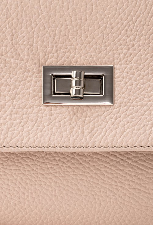 Poseta roz pudra din piele naturala texturata Carisma