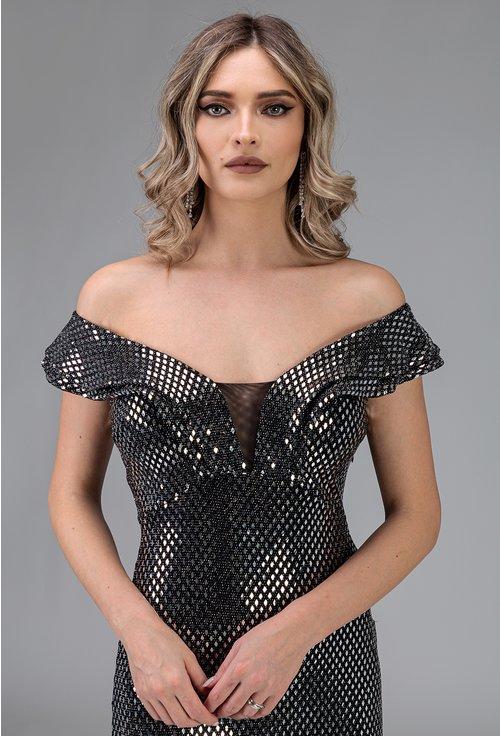 Rochie argintie cu aplicatii sclipitoare tip paiete