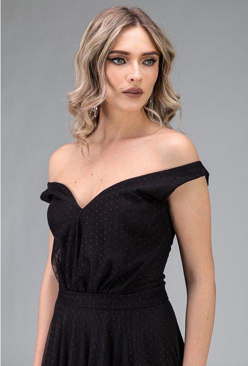 Rochie eleganta lunga neagra cu umerii goi