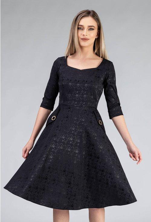Rochie neagra cu buzunare si maneca trei sferturi