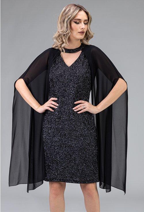 Rochie neagra cu capa din voal