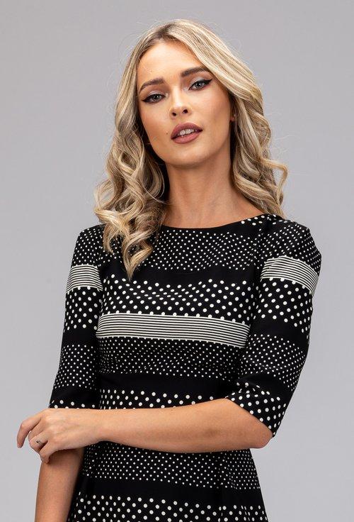 Rochie neagra cu dungi si buline de diferite dimensiuni