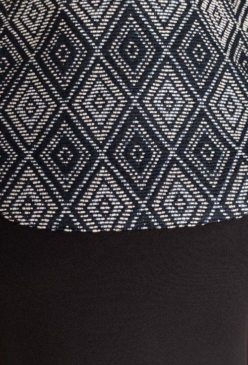 Rochie neagra cu imprimeu geometric alb si negru Amalia