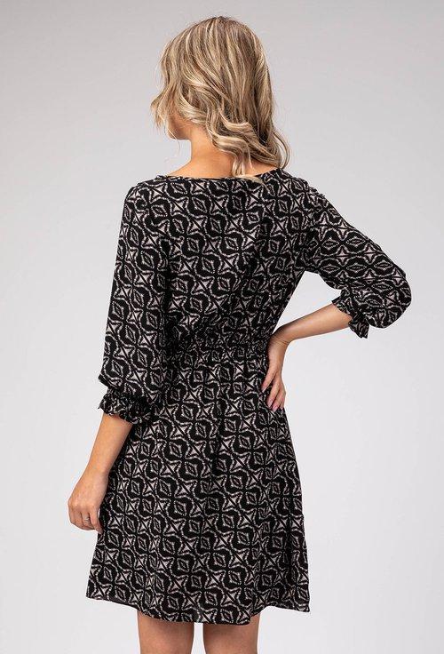 Rochie neagra din material fluid cu imprimeu abstract