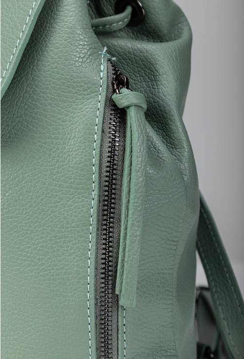 Rucsac din piele naturala nuanta verde pastelat