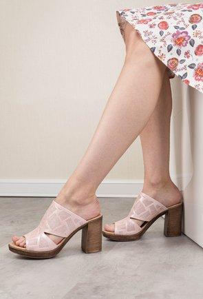 Saboti roz sidefat din piele naturala Sandy