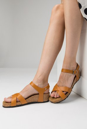 Sandale camel din piele naturala Papaya