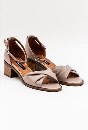 Sandale din piele naturala box nuanta nude