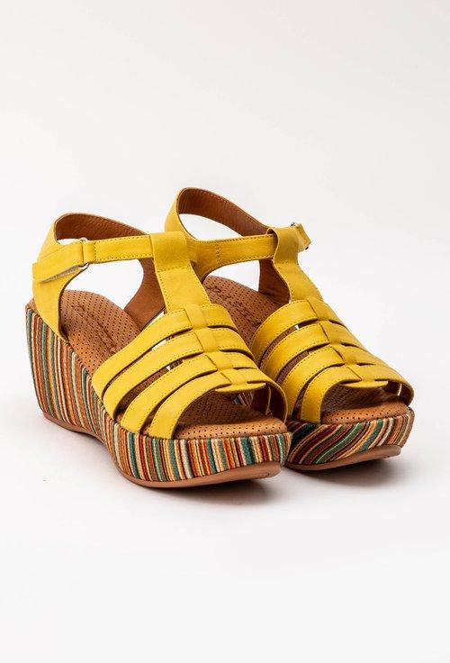 Sandale galbene din piele naturala cu platforma Mozby