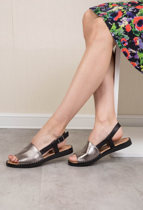 Sandale gri metalizat din piele naturala Brinda