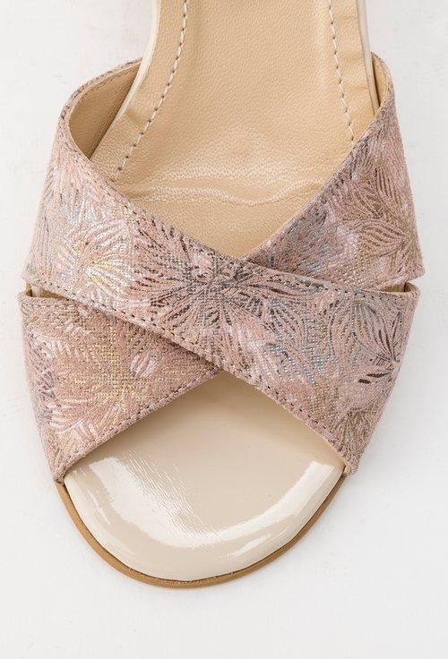 Sandale roz din piele naturala Mery