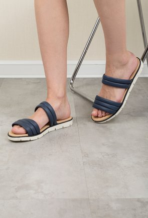Sandale tip papuc Darkwood bleumarin din piele naturala Graciela