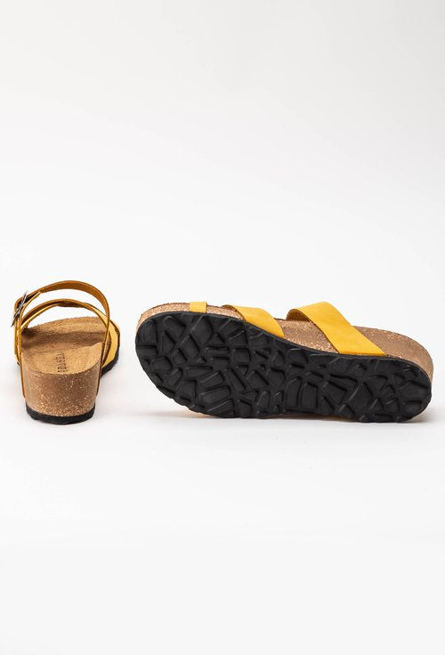 Sandale tip papuc din piele naturala galbene Dora