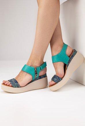 Sandale turcoaz din piele naturala cu imprimeu abstract Sely