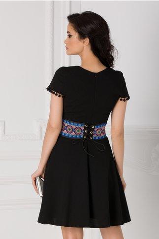 Rochie Misty neagra cu brau colorat in talie