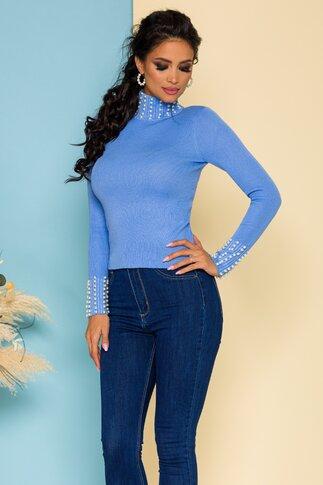 Bluza bleu cu aspect tricotat accesorizata cu perlute albe