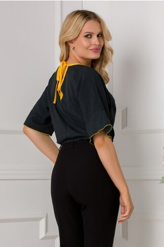 Bluza bleumarin cu buline galbene