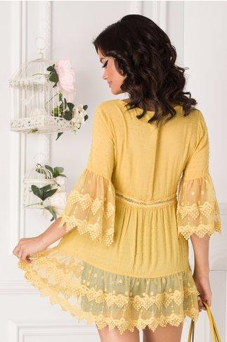 Bluza Carina galbena cu insertii din dantela