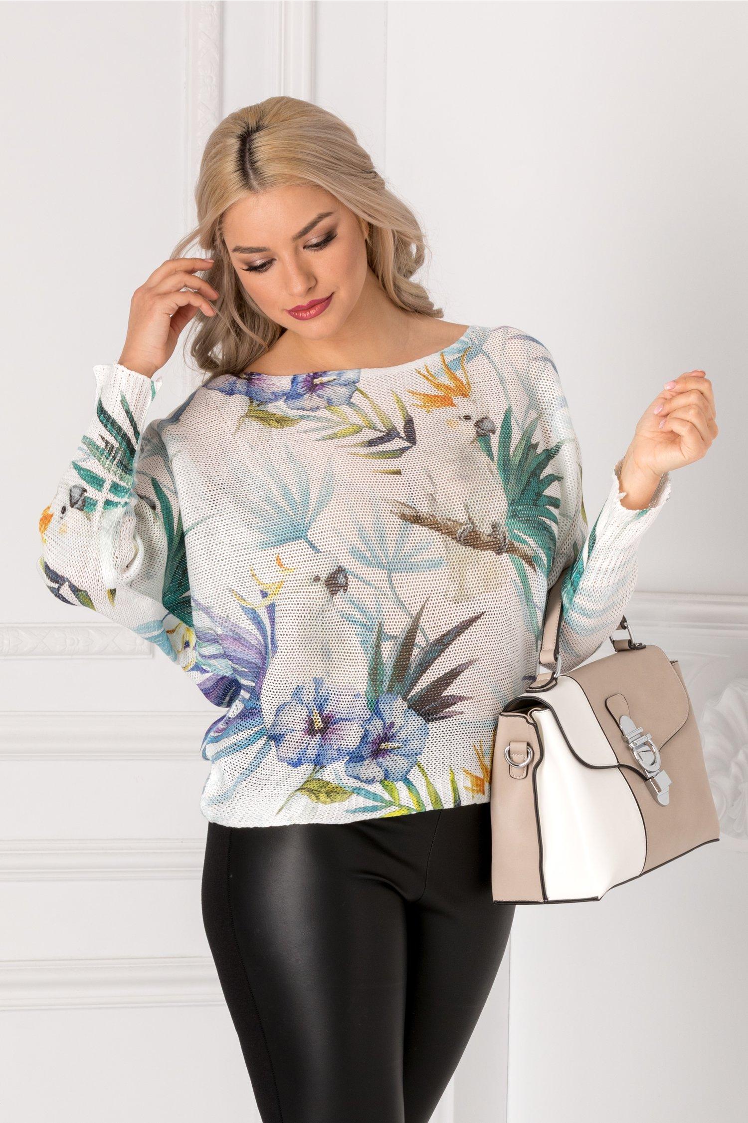 Bluza Coralia alba cu imprimeu exotic