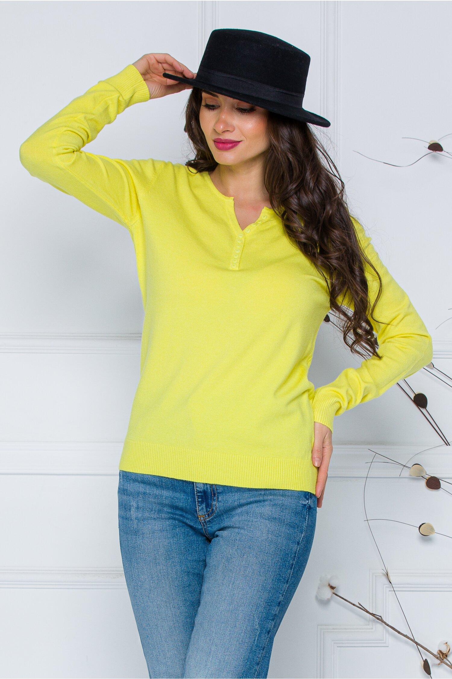 Bluza Dara galben cu nasturi discreti la decolteu imagine