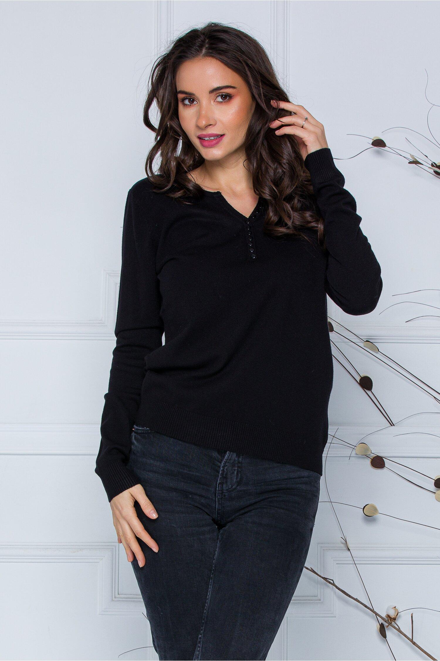 Bluza Dara neagra cu nasturi discreti la decolteu imagine