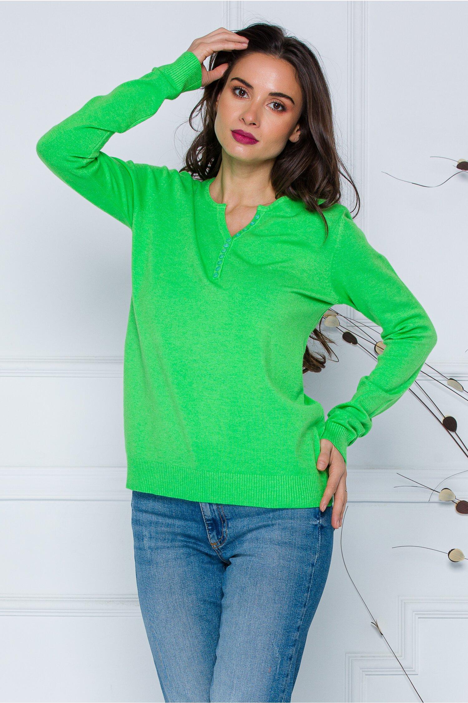 Bluza Dara verde cu nasturi discreti la decolteu imagine