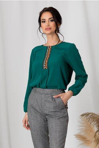 Bluza Dora verde cu broderie traditionala