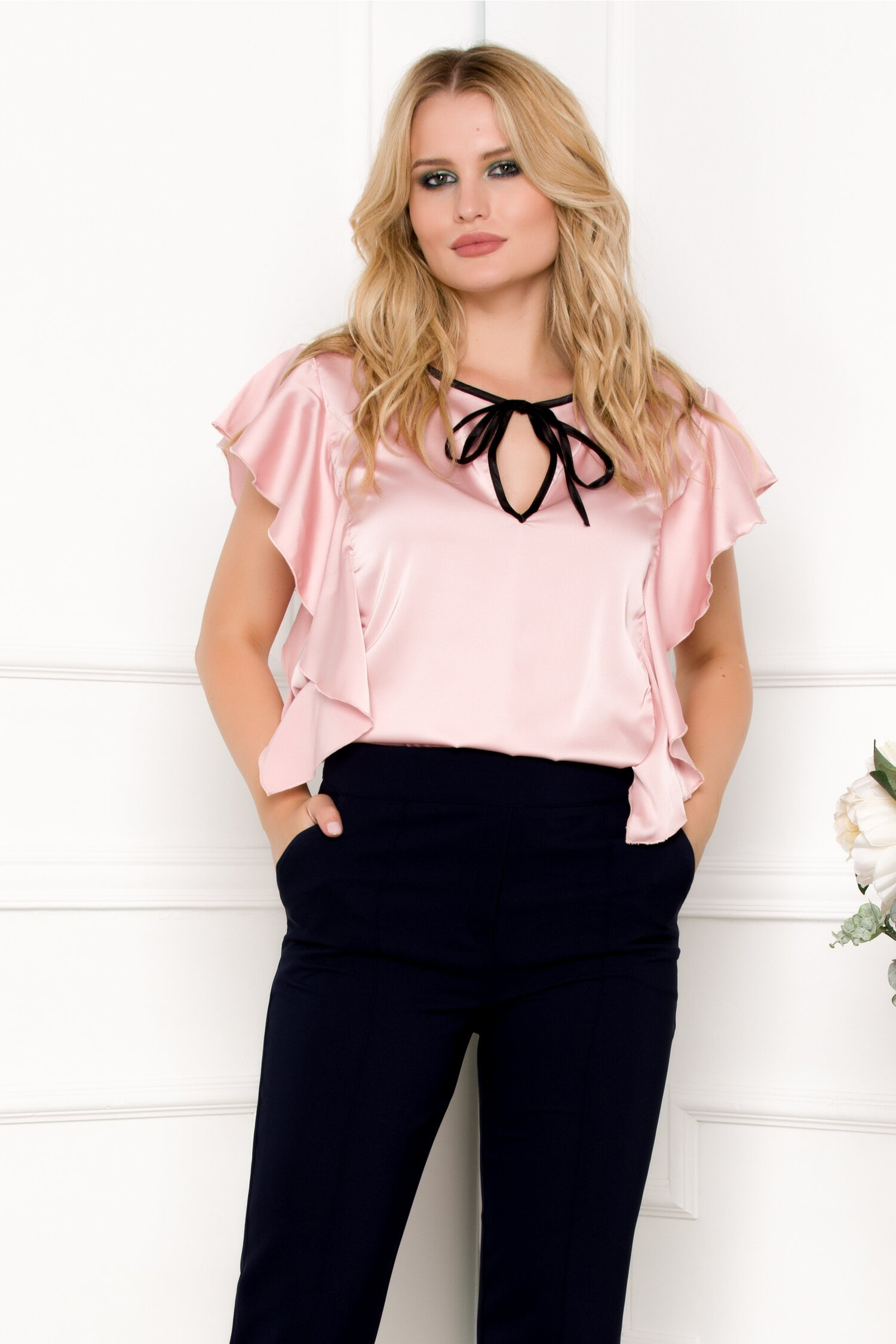 Bluza Ella Collection Lora roz cu volane