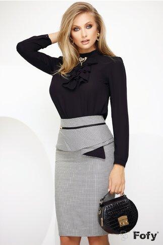 Bluza Fofy neagra cu jabou si aplicatie decorativa aurie
