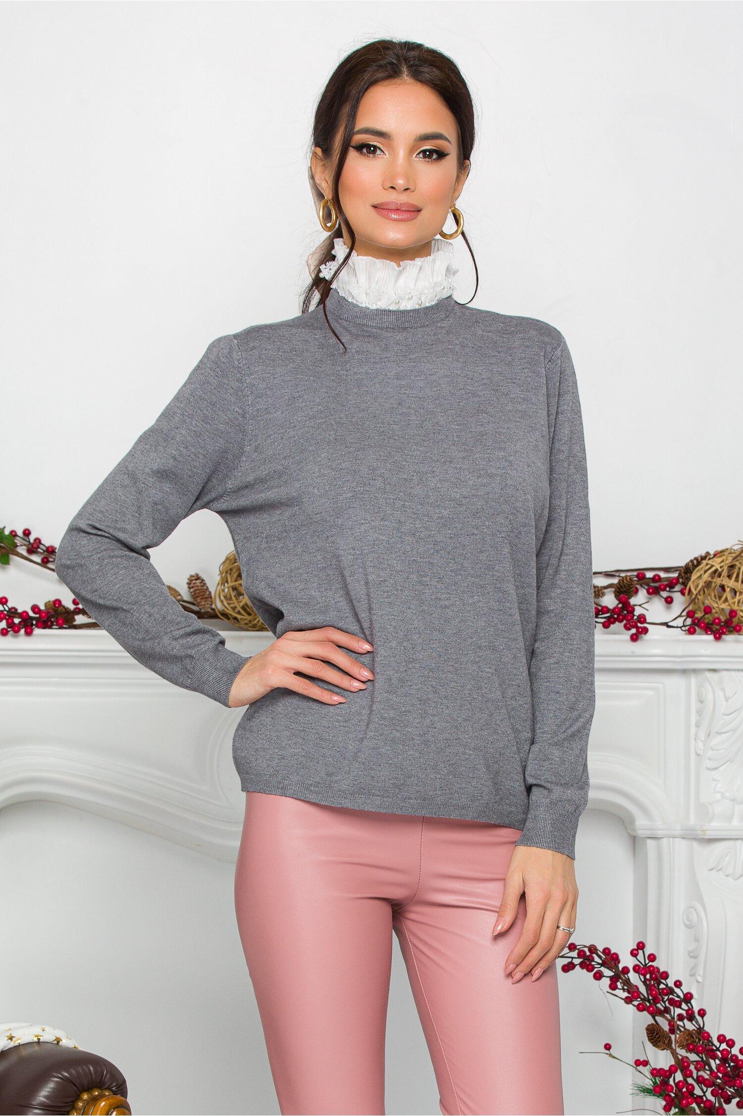 Bluza Gizela gri cu guler accesorizat cu perlute