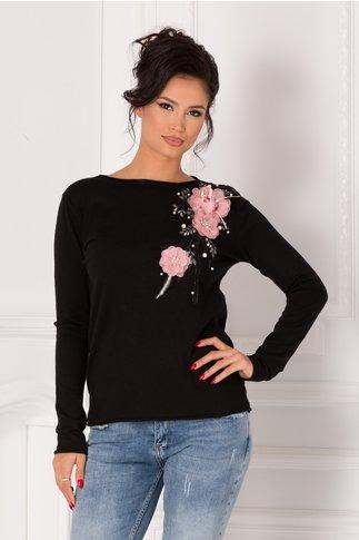 Bluza Katerina neagra cu broderie si flori 3D roz