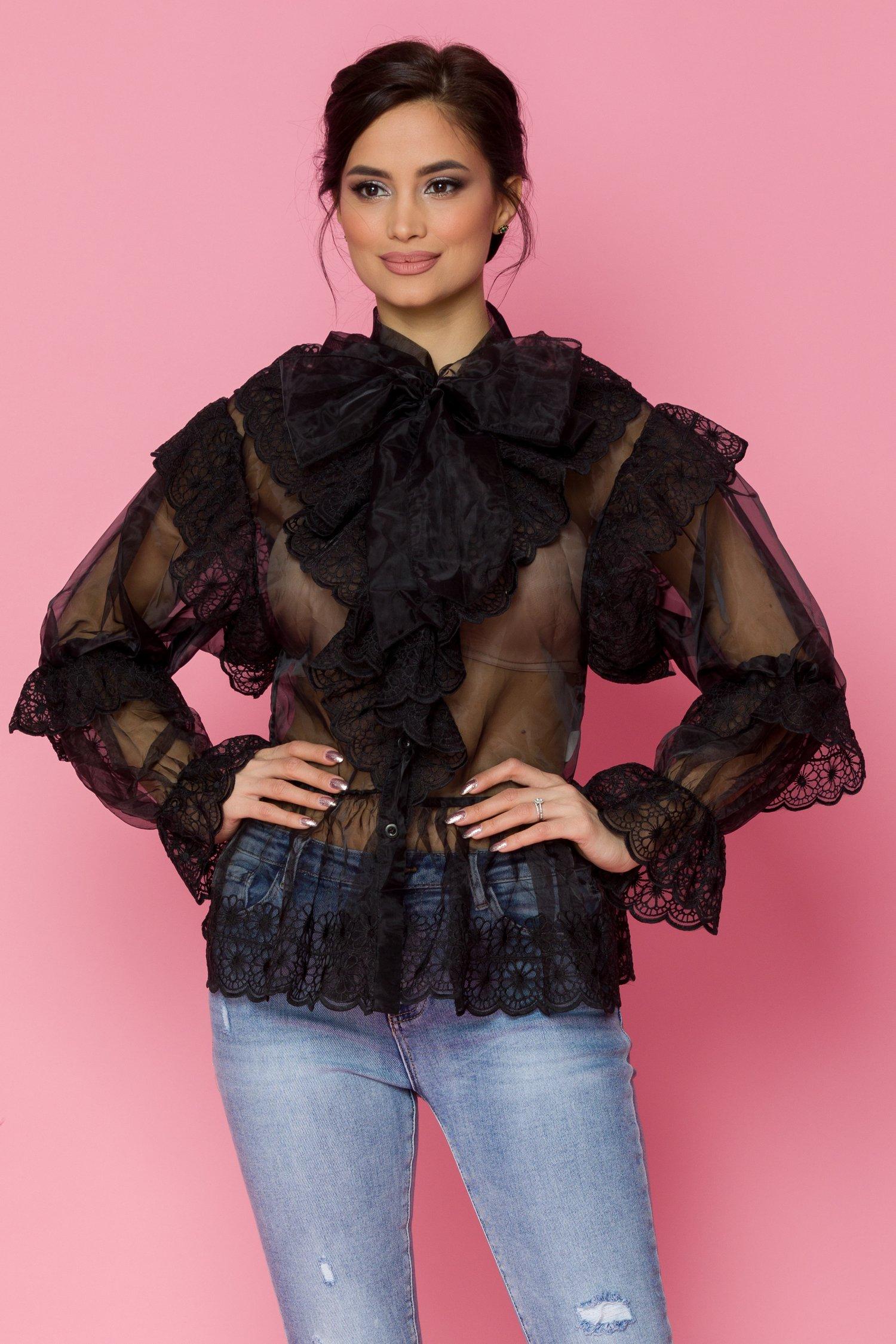Bluza Kryola neagra din organza cu broderie florala si cordon la gat