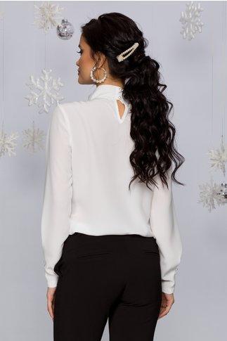Bluza LaDonna alba cu guler inalt accesorizat cu perle