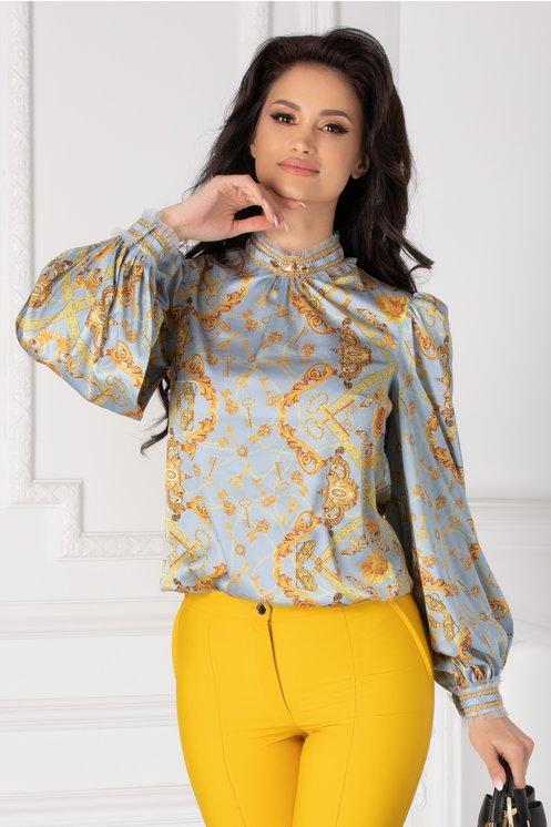 Bluza LaDonna bleu cu imprimeu divers si dantela la guler