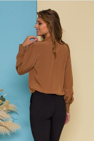 Bluza LaDonna maro cu detaliu stil esarfa la guler si nasturi decorativi tip bijuterie