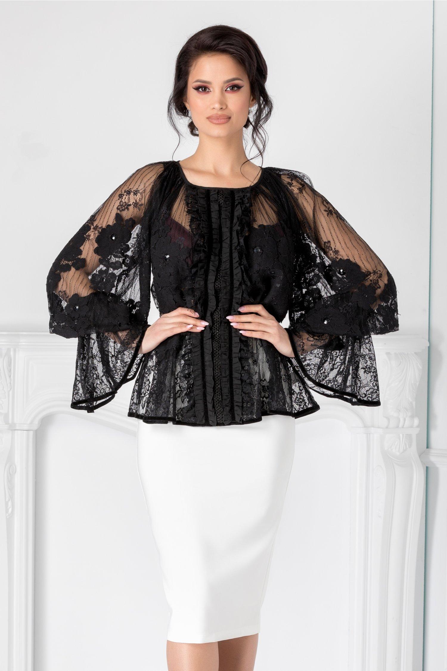 Bluza LaDonna neagra cu dantela chantilly si broderie handmade