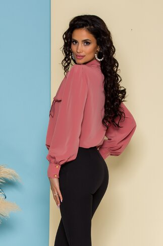 Bluza LaDonna roz coniac cu detaliu stil esarfa la guler si nasturi decorativi tip bijuterie