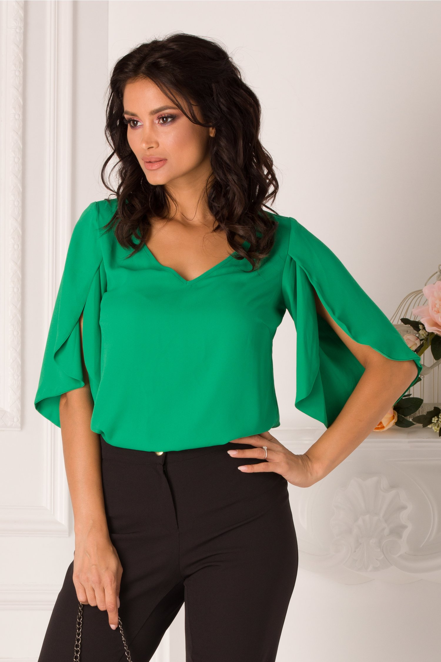 Bluza LaDonna verde cu maneci decupate
