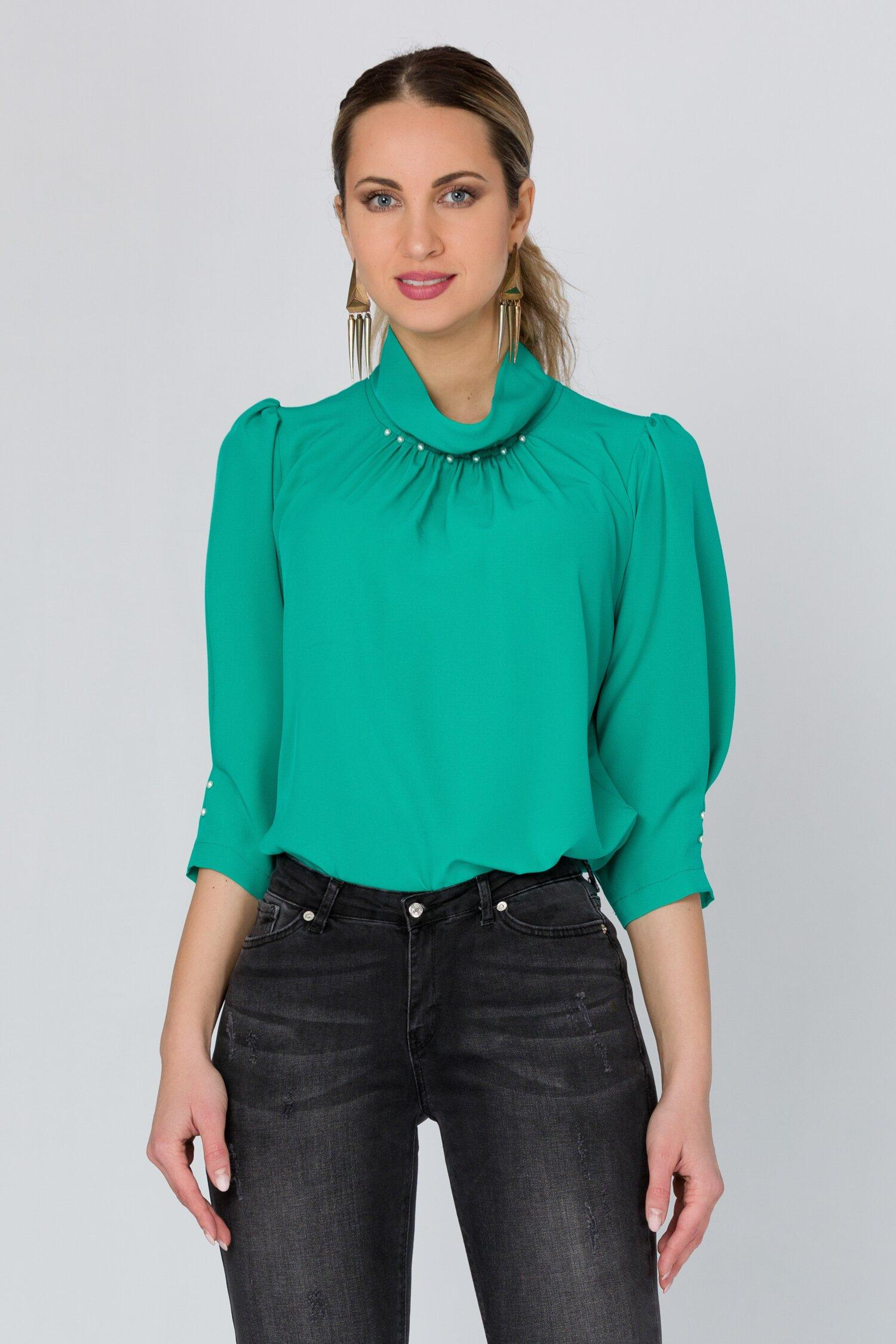 Bluza LaDonna verde cu perlute la guler imagine