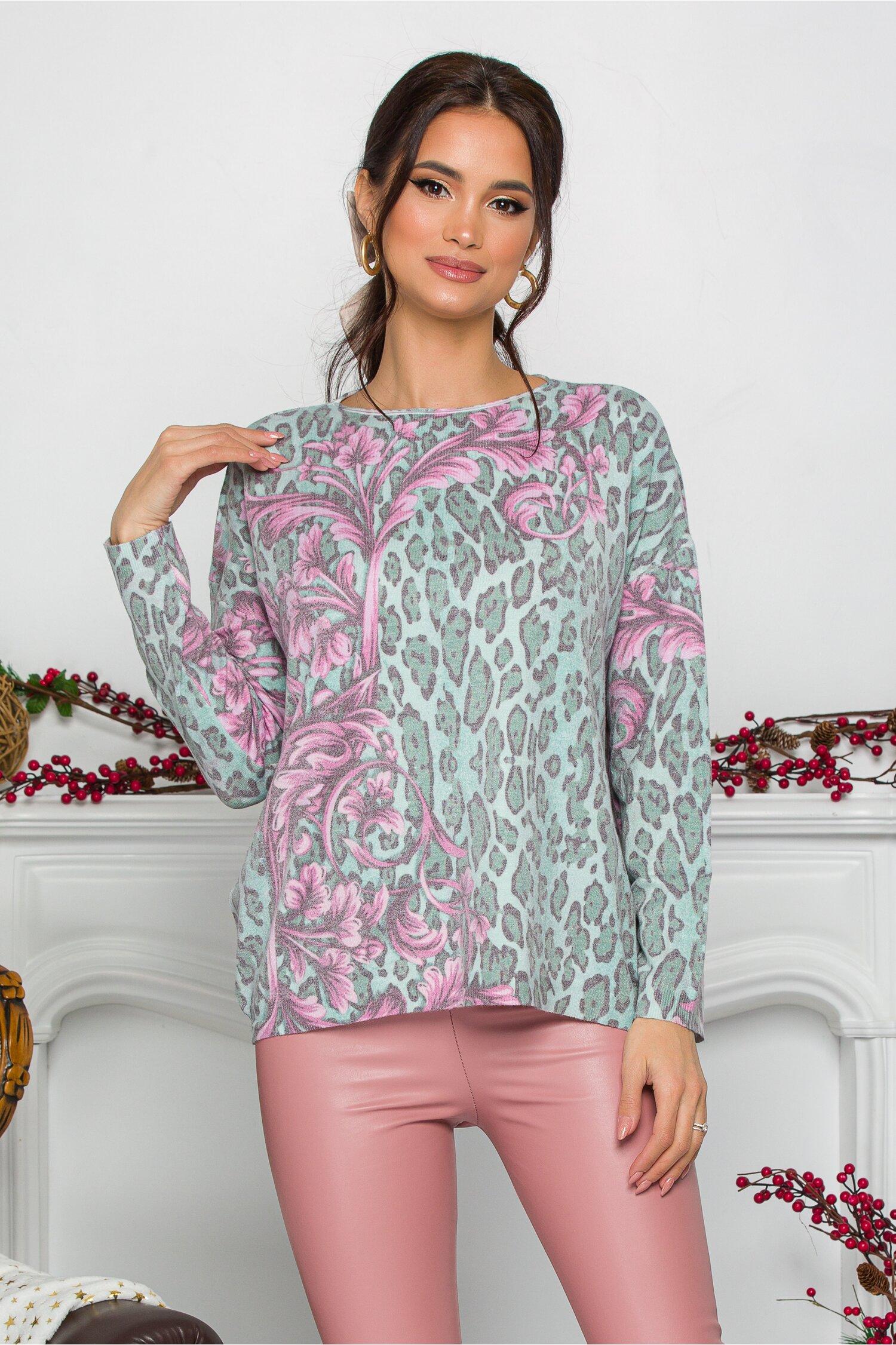 Bluza Lamer verde cu animal print si flori