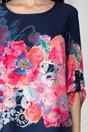 Bluza lejera Milena bleumarin cu imprimeu floral roz la baza