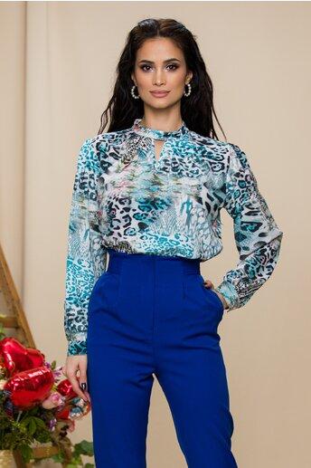 Bluza Malina bleu cu animal print si decupaj in forma de V la decolteu