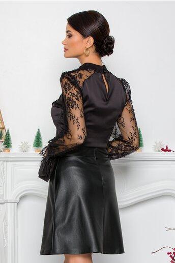 Bluza MBG neagra din satin cu pliuri pe bust